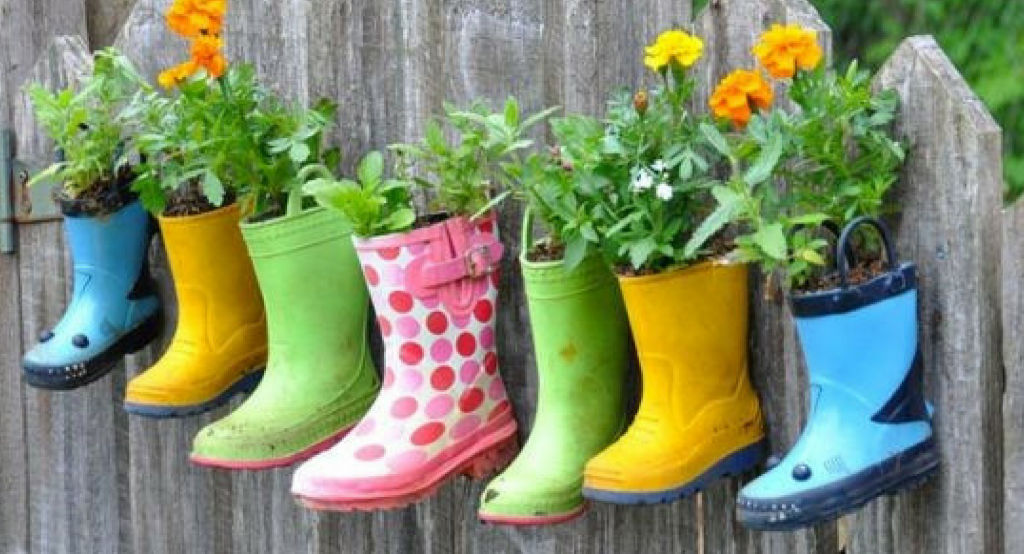 5 inventive & quirky upcycling ideas for your garden